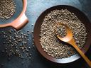Невероятните ползи за здравето от конопеното семе