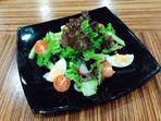 Миксирана пролетна салата
