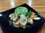 Агнешко роле със салата табуле