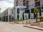 Роял Бийч Мол в Слънчев бряг – горещата точка за любителите на модата