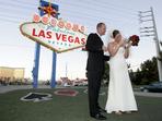 Знаете ли, че...всеки ден около 300 двойки се женят във Вегас?