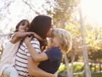10 родителски стратегии за отглеждане на щастливи деца