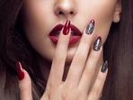 Идеи за празничен маникюр в червено