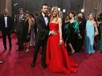 Най-красивите двойки, минали по килима на Оскарите