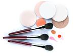 Задължителните козметични инструменти, които трябва да имате