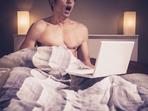 Приятелят ми гледа порно