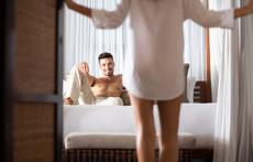 Защо взаимната мастурбация е по-гореща от секса?