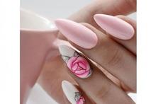 Маникюр в розови нюанси