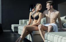 Защо сексът срещу огледало е толкова вълнуващ?