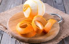 Безопасно ли е да ядете портокалови кори?