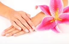 Маски за нокти срещу чупене, пожълтяване и лющене