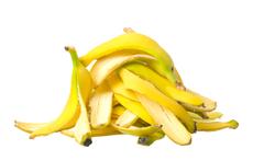 Бананови кори – страхотен лек за красива кожа