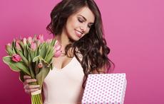 Моден хороскоп: Какво да подарите на жена Овен