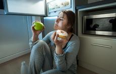 Какво се случва в тялото, ако ядете захар преди сън