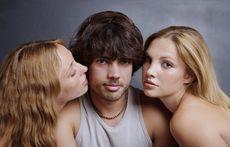 Защо е по-трудно да хванеш жена в изневяра, отколкото мъж?