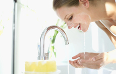 Основни стъпки за правилно измиване на лицето