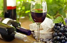 Червеното вино и ползите му за кожата