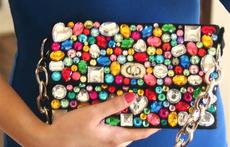 Как да си направите чанта с кристали?