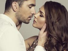Най-забавните игри с целувки за влюбени