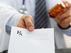 За какво да питате лекаря си, когато ви изписва лекарство с рецепта?