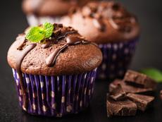 Шоколадови мъфини с шоколадова глазура
