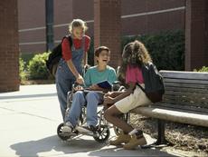 Как да говорим с детето за уврежданията?