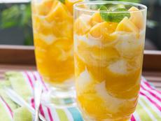 Пухкав сметанов крем с манго