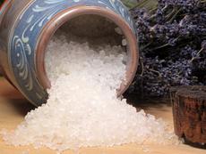 Сол от Мъртво море – за кожа без целулит и здрава коса