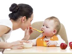 Първи бебешки храни