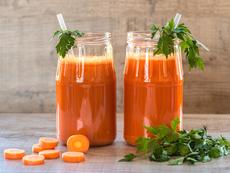 Пийте сок от моркови за здраво сърце и при запек