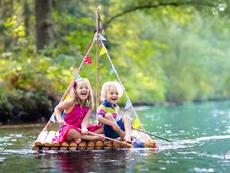 Забавни летни игри, които са полезни за развитието на децата