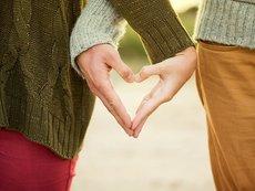 5 фази на връзката, през които всички двойки преминават