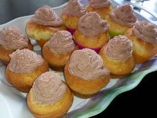 Ванилови кексчета с какаова глазура