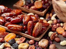 Ядки и сушени плодове за отслабване