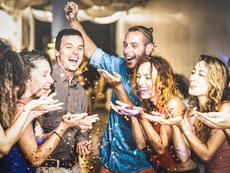 10 неща, които трябва да правите на новогодишно парти и 10, които не трябва