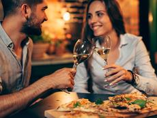 6 начина връзката ви да бъде по-романтична