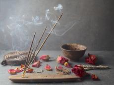 5 ползи от употребата на ароматни пръчици