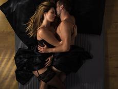 3 секс пози за незабравим женски оргазъм
