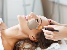 Съветите на дерматолога: как да се грижим за кожата през пролетта