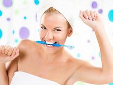 Основни грешки при миенето на зъбите