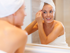 Как правилно да скубем веждите?