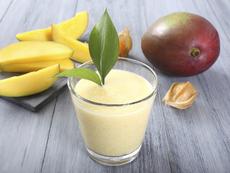 Смути с кокосово мляко и манго от Джейми Оливър