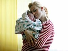 Без снимки на щастливи бебета върху адаптираните млека