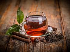 Пийте черен чай за здрави кости и по-малко стрес