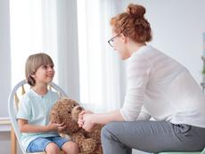 За какво е важно да говорите с децата преди да навършат 10?