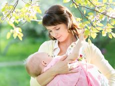 5 често срещани мита за кърменето