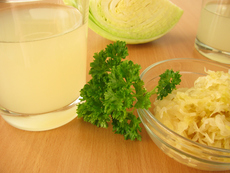 Сок от кисело зеле – при чревни проблеми и за здрави кости