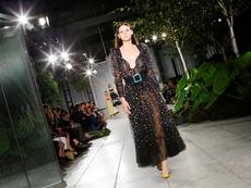 Каролина Ерера със зашеметяваща колекция за Седмицата на модата в Ню Йорк