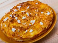 Празнична баница с ориз и сирене