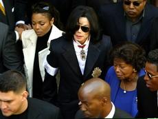 """Знаете ли, че... най-продаваният албум на Майкъл Джексън е """"Трилър""""?"""